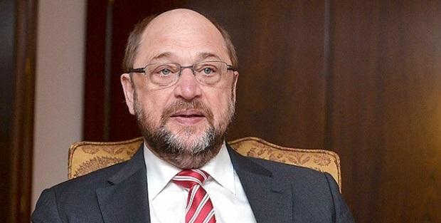 Martin Schulz'tan açık tehdit: Türkiye'yi karıştıranlara destek vereceğiz