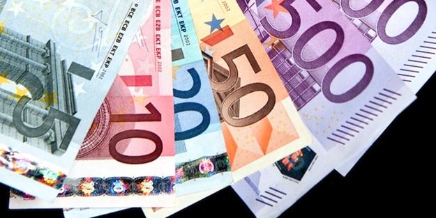 Martta en yüksek reel getiri Euro'dan sağlandı