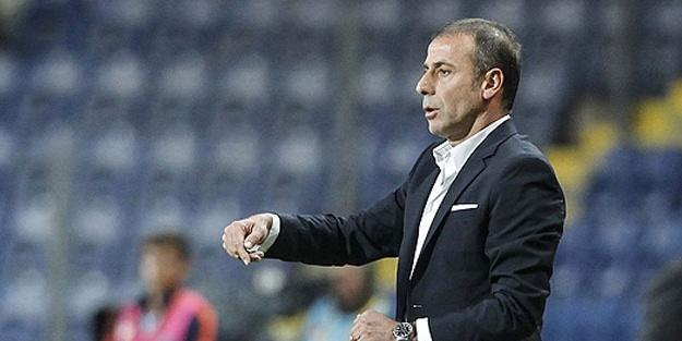 Medipol Başakşehir Teknik Direktörü Abdullah Avcı: 7 haftadır gol yemiyoruz
