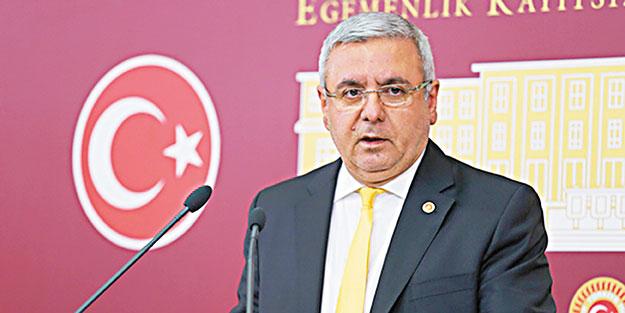 Mehmet Metiner'den dikkat çeken sözler: Sahi bu parti için ne yapılması gerekir?