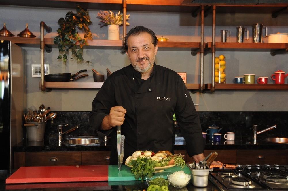 Mehmet şef mutfağın yeni kurallarını anlattı