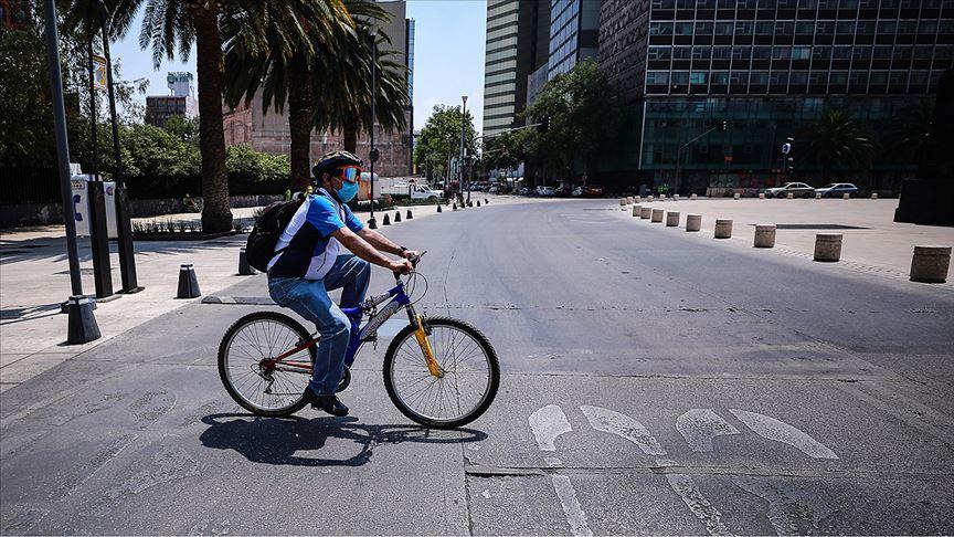 Meksika'da Kovid-19 nedeniyle son 24 saatte 463 kişi öldü