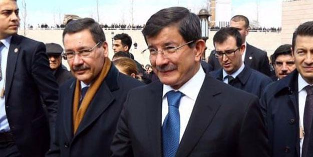 """Melih Gökçek yeni partiye katılacak mı? Açıklama geldi! """"Ahmet Davutoğlu'yla..."""""""