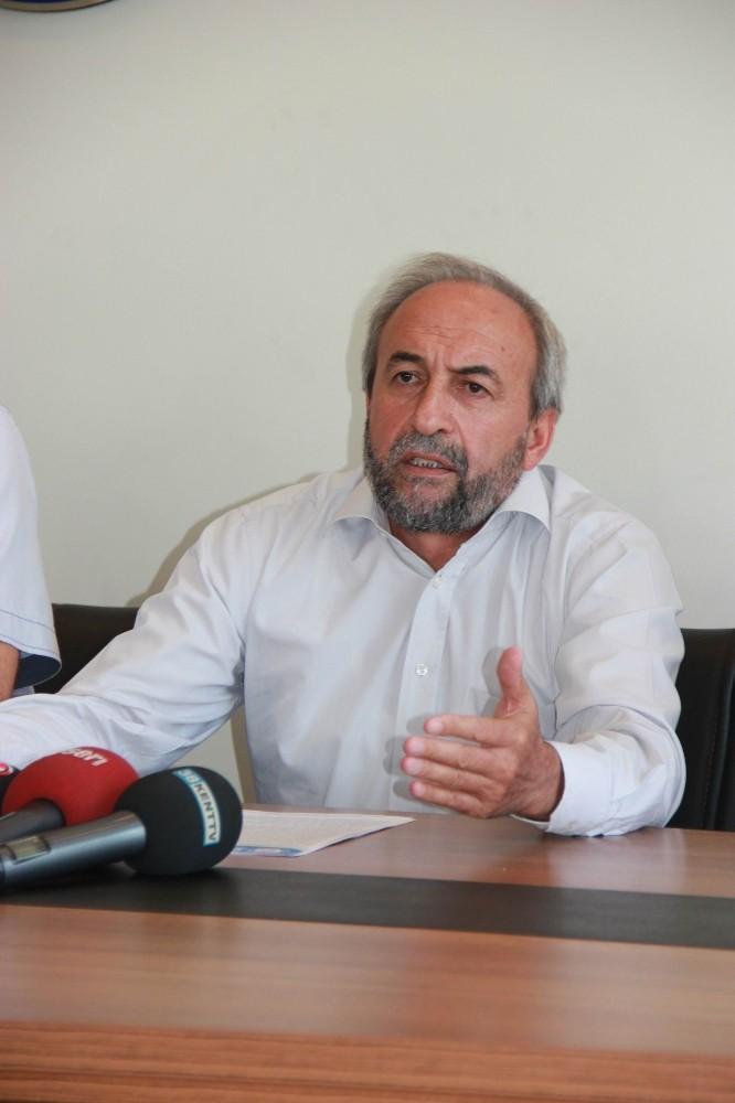 Memur-Sen'den depremzedelere 500 bin TL'lik destek