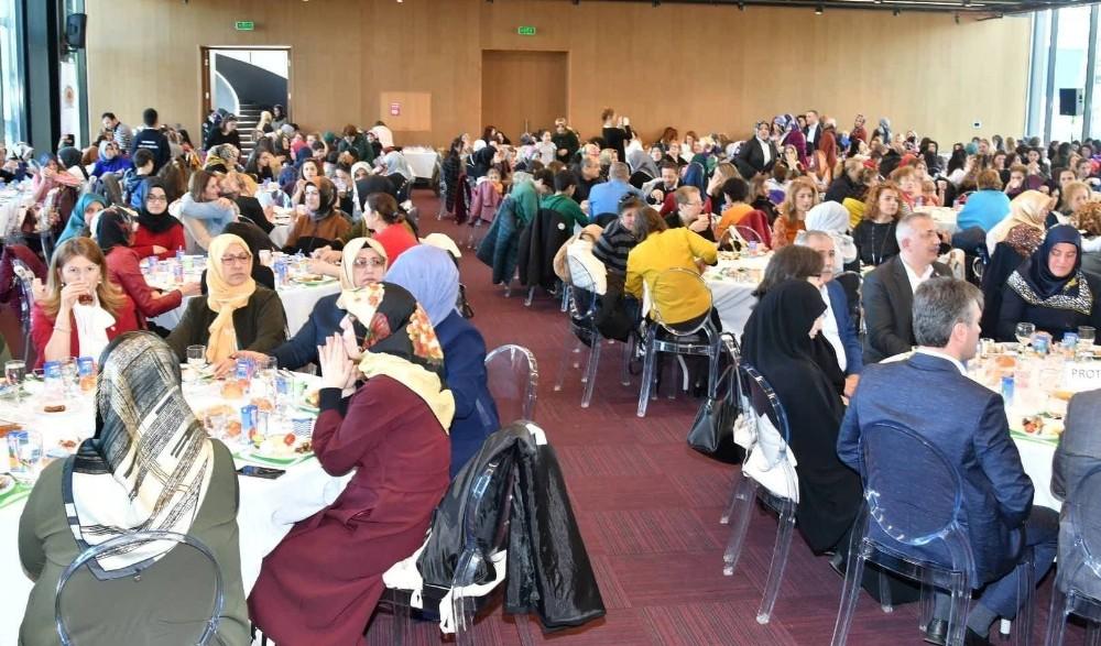 Memur-Sen'den kadınlar için farkındalık programı