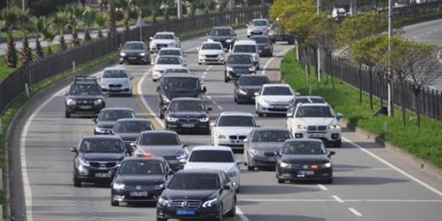 Meral Akşener'in uzun araç konvoyu! Kime el sallıyor?