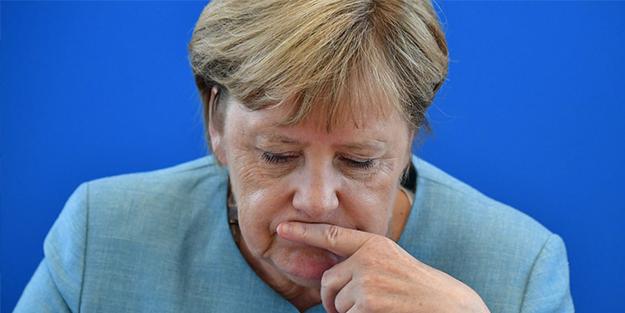 Merkel işaret etti! 'Değişime ihtiyacımız var'