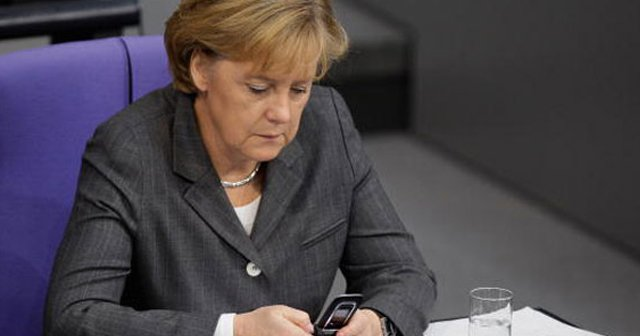 Merkel'den Başbakan Binali Yıldırım'a telefon