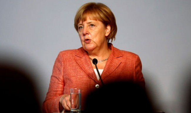 Merkel'den çok konuşulacak Türkiye mesajı