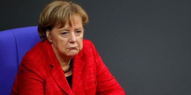Merkel'den tarihi itiraf! 'Derin bir utanç duyuyorum'