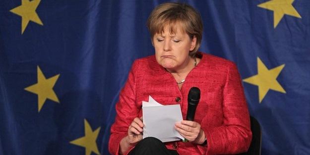Merkel'den Türkler için şaşırtan açıklama!