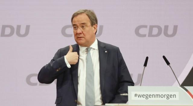 Merkel'in yerine Türk dostu Armin