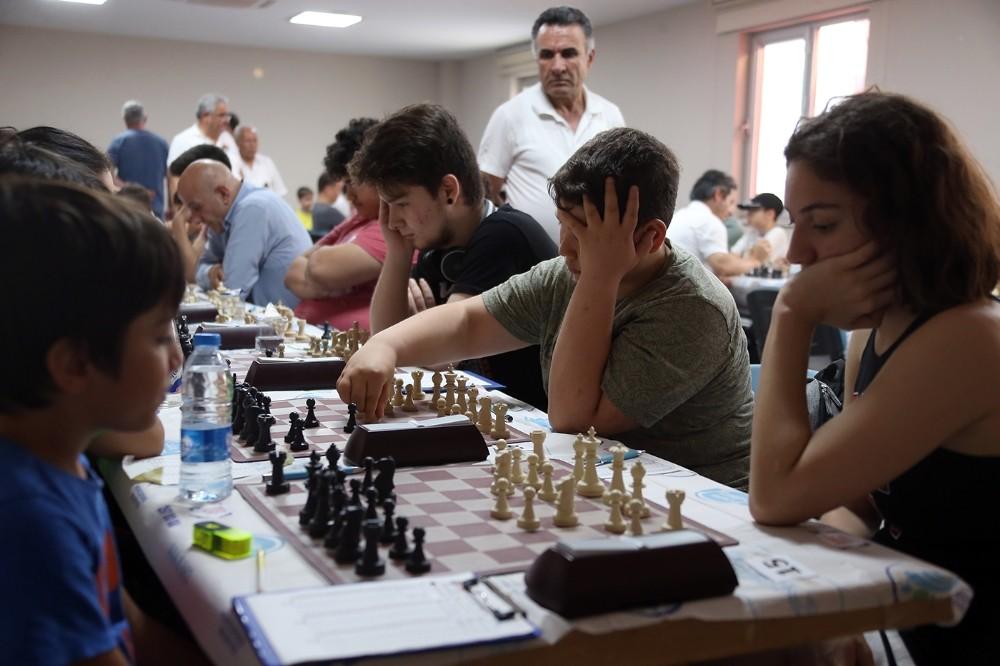 Merkezefendi Belediyesinden ilk satranç turnuvası