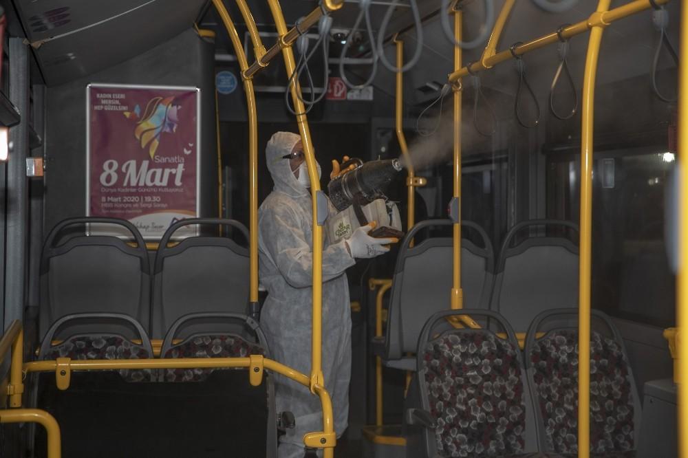 Mersin'de otobüsler dezenfekte ediliyor