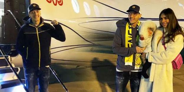 Mesut Özil İstanbul'a ayak bastı