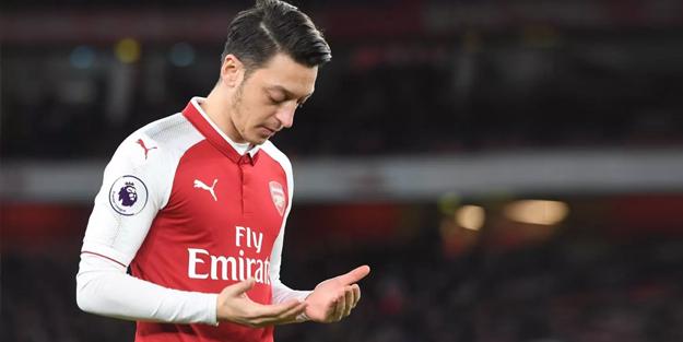 Mesut Özil'i paylaştığı mesaj üzerinden eleştirdi... Kenan Alpay cevabını verdi!