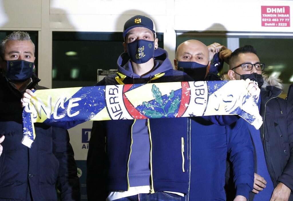 Mesut Özil'in Fenerbahçe'den alacağı para dudak uçuklattı!