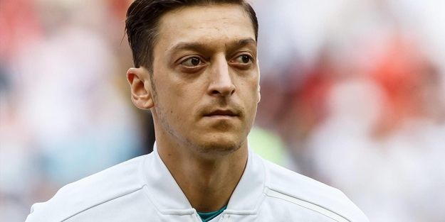 Mesut Özil'in golü sonrası Sinan Gümüş'ten olay paylaşım