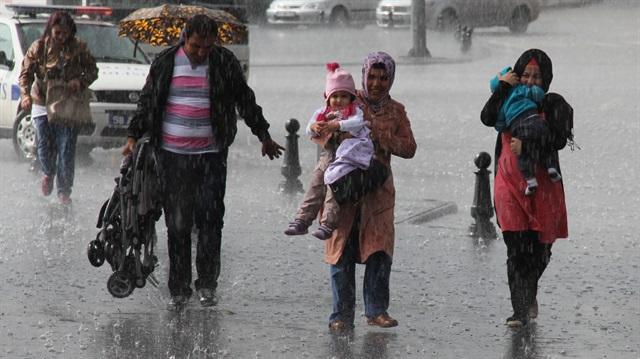 Meteoroloji: Cumaya kadar yağış var