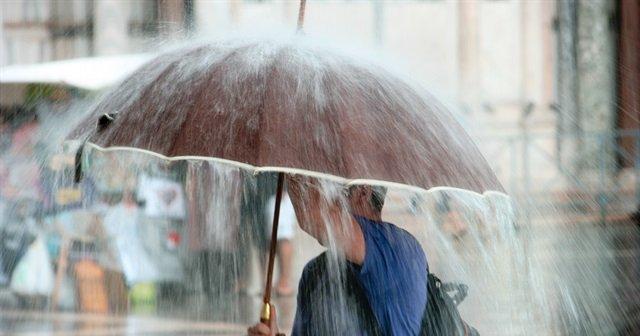 Meteorolojiden önemli sağanak ve dolu uyarısı