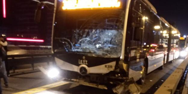 Metrobüs kaza yaptı! Seferler durdu, ölü ve yaralı var