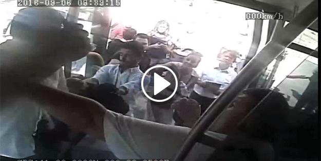 Metrobüs'te vahşet! Şoför bıçakla yolcuya saldırdı