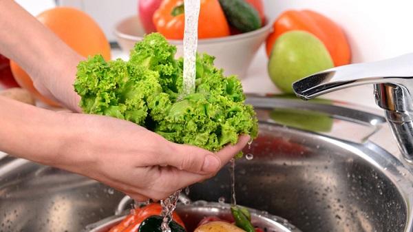 Meyve ve sebze yıkarken nerede hata yapıyoruz?