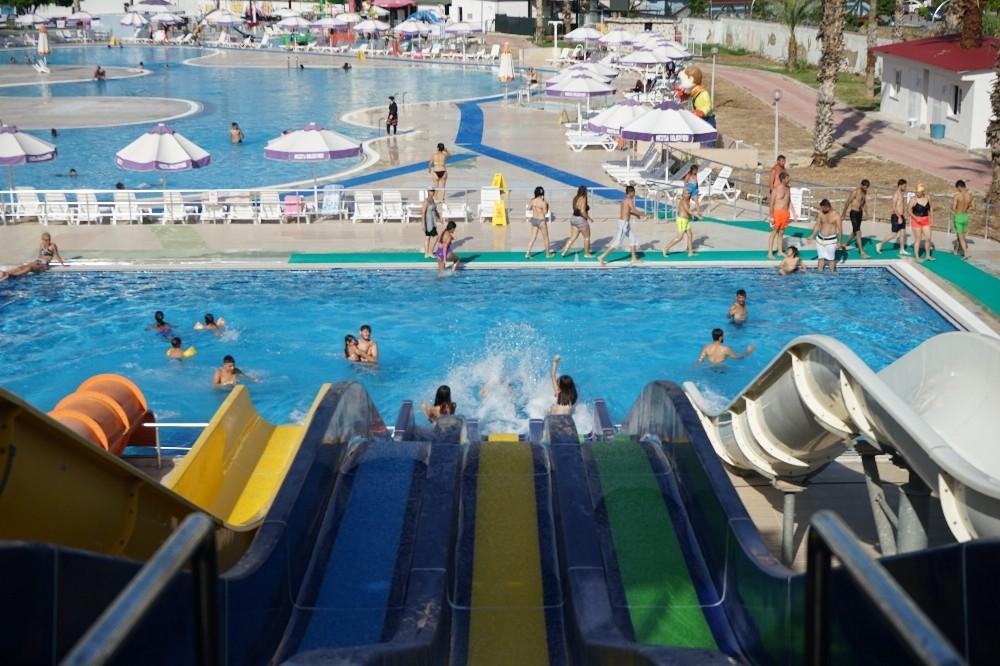 Mezitli Belediyesi Su Parkı, 3 ayda 30 bin kişiyi ağırladı