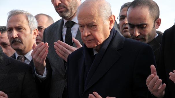 MHP Lideri Devlet Bahçeli, Ülkücü Şehitler Anıtını ziyaret etti