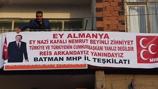 MHP'li başkandan Cumhurbaşkanı Erdoğan'a pankartlı destek!