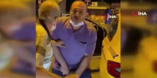 Mide bulandıran olay! Taksici kendisine tepki gösteren kişiye cinsel organını gösterip küfürler yağdırdı