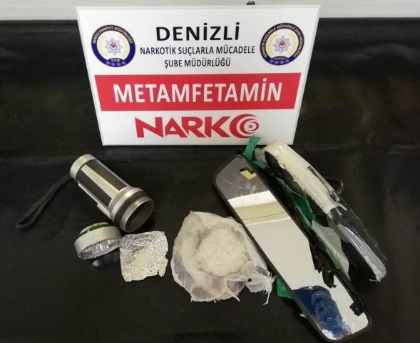 Midesinden 80 poşet uyuşturucu çıktı