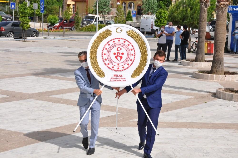 Milas'ta Gençlik Haftası etkinlikleri törenle başladı