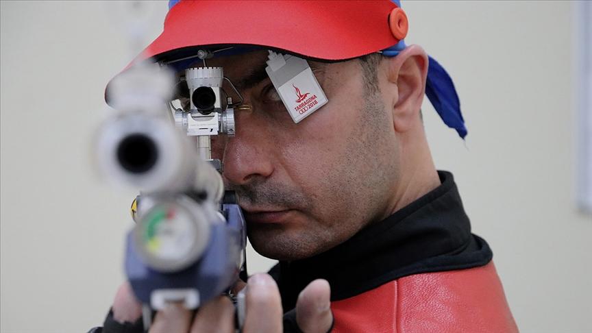 Milli atıcı Ömer Akgün 10 metre havalı tüfek kategorisinde finale yükseldi