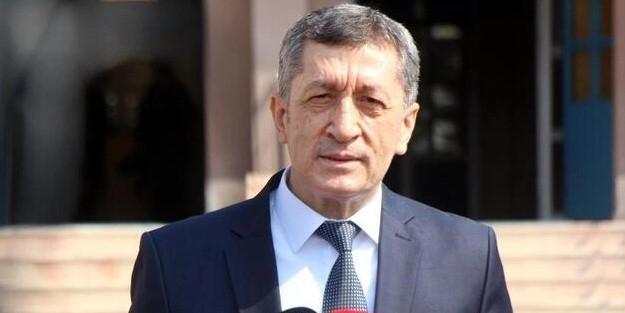 Milli Eğitim Bakanı Ziya Selçuk müjdeyi duyurdu