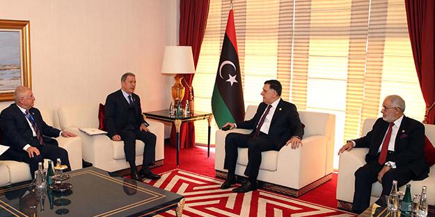 Milli Savunma Bakanı Hulusi Akar'dan kritik Libya görüşmesi