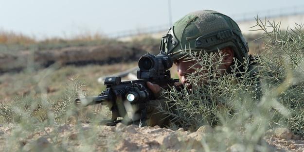 Milli Savunma Bakanlığı bu görüntülerle duyurdu: Çok sayıda silah ve mühimmat ele geçirildi