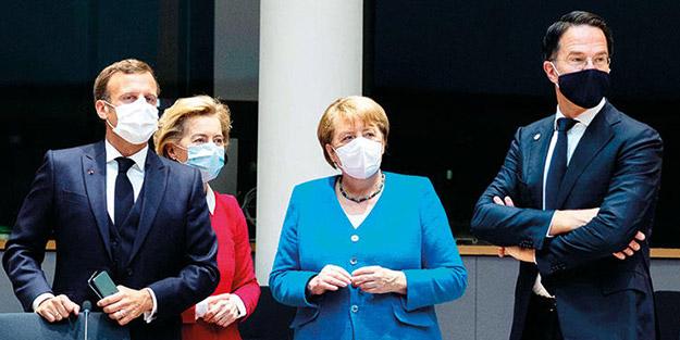 Milyar euroların konuşulduğu zirvede Avrupa birbirine girdi