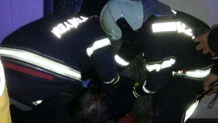Minibüs, belediye otobüsüyle çarpıştı: 3 yaralı