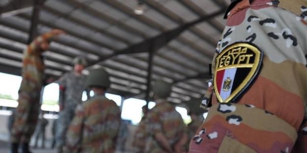 Mısır'da 'kutsal ordu' anlayışı yıkılıyor