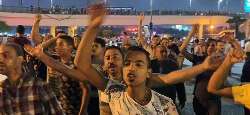 Mısır'da Sisi karşıtı yüzlerce kişiye gözaltı