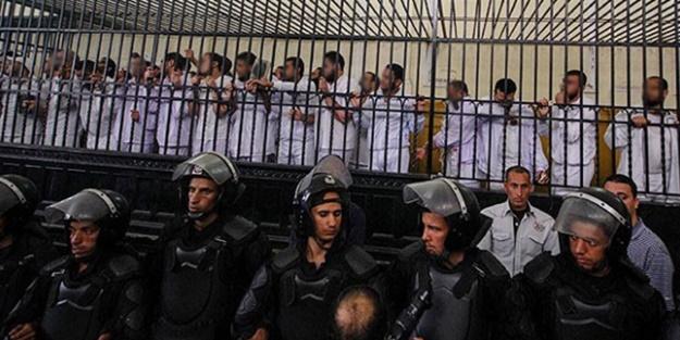 Mısır'daki cezaevlerinde kalan mazlumlar içın yürüyüş