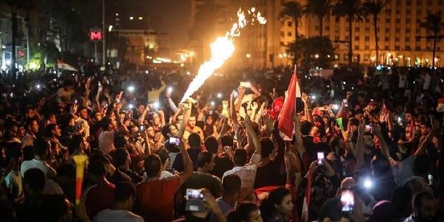 Mısır'daki protestolar dünya basınında! Küstah Suudi, Türkiye ve Katar'ı suçladı