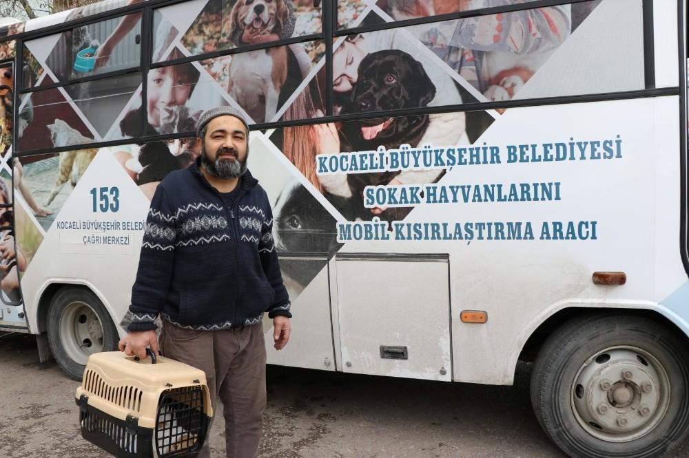 Mobil araç sokak hayvanlarının hizmetinde