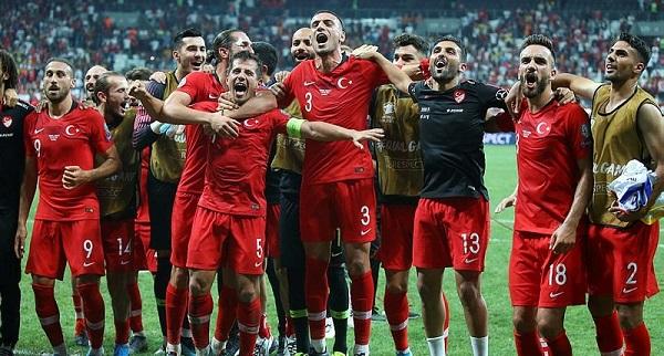 Moldova-Türkiye maçının ilk 11'leri