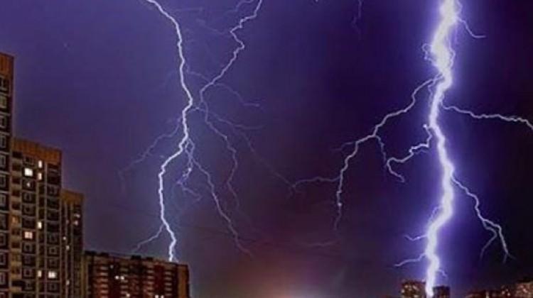 Moskova'da fırtına faciası: 7 kişi öldü
