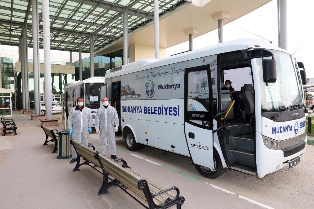 Mudanya Belediyesi'nden sağlık çalışanlarına servis hizmeti