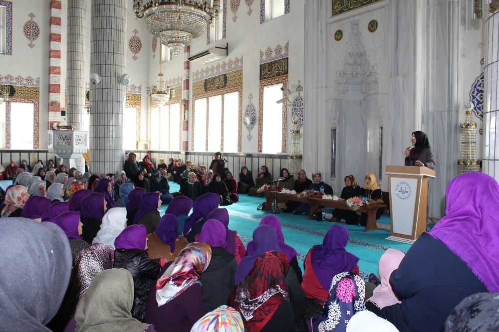 Müftülükten 'Kadınlar Günü'ne özel etkinlik