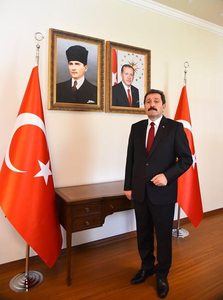 Muğla Valisi Orhan Tavlı, Babalar Günü'nü kutladı