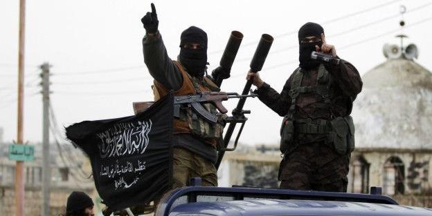 Muhalifler Halep'te kuşatmayı kırdı